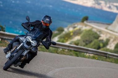 Moto-Guzzi-V85-TT-Sardinia-Jensen-Beeler-19