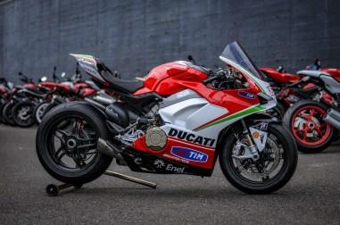 Nicky-Hayden-Ducati-Panigale-V4-tribute-16