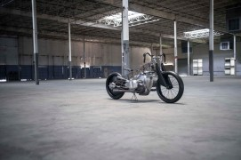 Revival-Cycles-BMW-R1800-custom-16