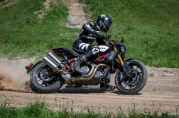 Indian-FTR1200-Andy-DiBrino-flat-track-10