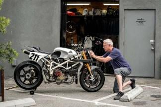 Deus-Ex-Machina-Woolie-Ducati-Pikes-Peak-01