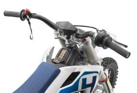 Husqvarna-EE-5-electric-dirt-bike-01