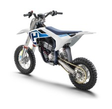Husqvarna-EE-5-electric-dirt-bike-06