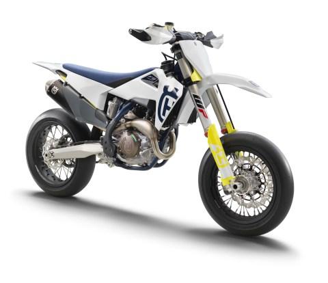 2020-Husqvarna-FS-450-supermoto-08