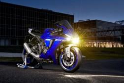 2020-Yamaha-YZF-R1-45