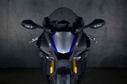 2020-Yamaha-YZF-R1M-34