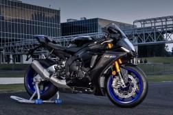 2020-Yamaha-YZF-R1M-57