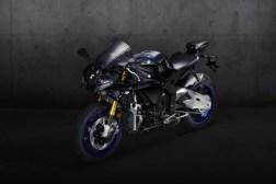 2020-Yamaha-YZF-R1M-59