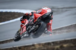 KymiRing-MotoGP-test-Michele-Pirro-02