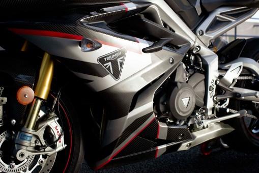 Triumph-Daytona-Moto2-765-USA-Canada-10