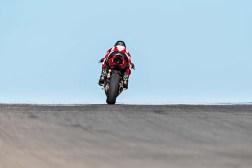 2020-Ducati-Panigale-V2-17