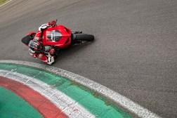 2020-Ducati-Panigale-V2-19
