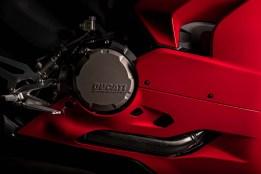 2020-Ducati-Panigale-V2-56