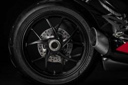 2020-Ducati-Panigale-V2-62