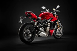 2020-Ducati-Streetfighter-V4-06