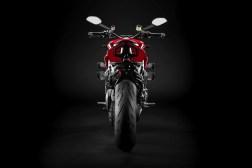 2020-Ducati-Streetfighter-V4-07