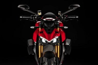 2020-Ducati-Streetfighter-V4-22