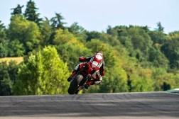 2020-Ducati-Streetfighter-V4-41
