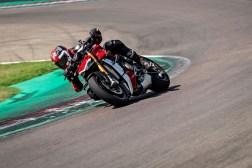 2020-Ducati-Streetfighter-V4-51