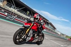 2020-Ducati-Streetfighter-V4-68