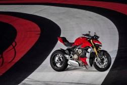 2020-Ducati-Streetfighter-V4-69