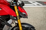 2020-Ducati-Streetfighter-V4-71