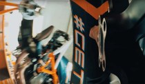 2020-KTM-1290-Super-Duke-R-teaser-01