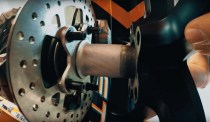 2020-KTM-1290-Super-Duke-R-teaser-03