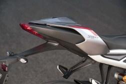 2020-Triumph-Street-Triple-RS-06