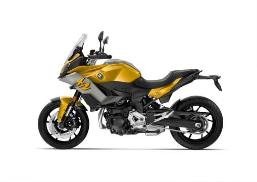 2020-BMW-F900XR-31