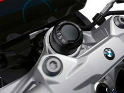2020-BMW-F900XR-47