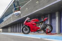 2020-Ducati-Panigale-V2-Jerez-launch-06