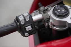 2020-Ducati-Panigale-V2-Jerez-launch-64