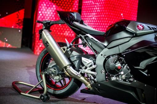 2020-Honda-CBR1000RR-R-12