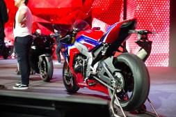 2020-Honda-CBR1000RR-R-15
