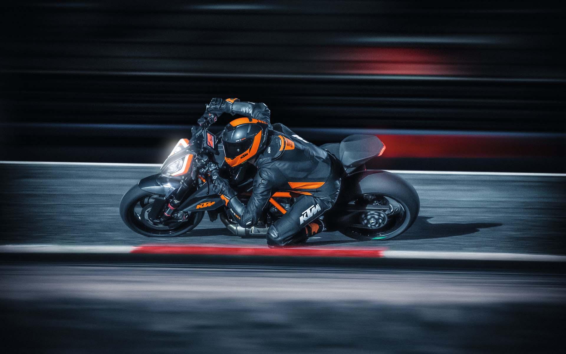 2020 KTM 1290 Super Duke R отозван из-за проблем с электрикой