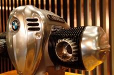 BMW-R18-boxer-engine-12