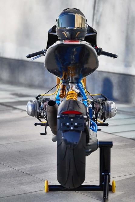 Scott-Kolb-BMW-race-bike-Gregor-Halenda-08