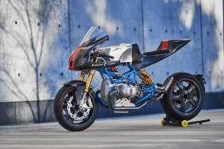 Scott-Kolb-BMW-race-bike-Gregor-Halenda-10