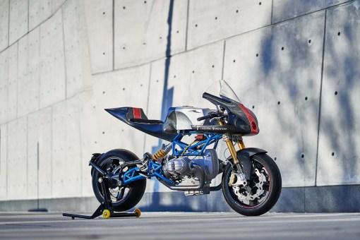 Scott-Kolb-BMW-race-bike-Gregor-Halenda-17