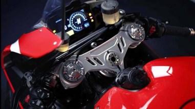 2020-Ducati-Superleggra-V4-leak-12