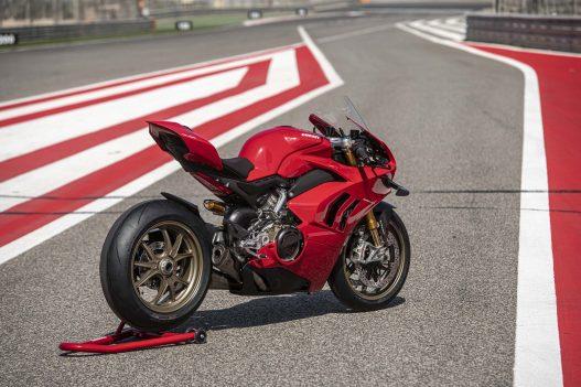 2020-Ducati-Panigale-V4-S-100