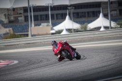 2020-Ducati-Panigale-V4-S-34