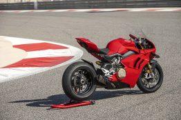 2020-Ducati-Panigale-V4-S-41