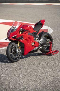 2020-Ducati-Panigale-V4-S-49