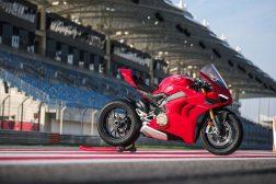 2020-Ducati-Panigale-V4-S-52