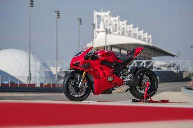 2020-Ducati-Panigale-V4-S-57