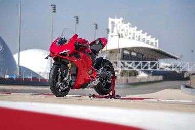2020-Ducati-Panigale-V4-S-58
