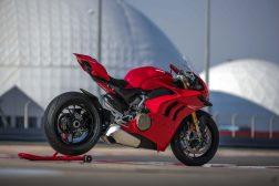 2020-Ducati-Panigale-V4-S-63
