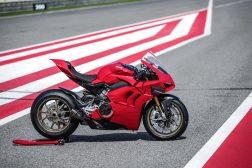 2020-Ducati-Panigale-V4-S-89